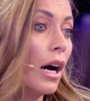 foto Karina Cascella in tv