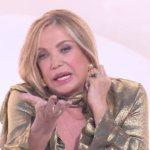 """Simona Izzo spiazza Simone Coccia a Live: """"Sei disturbato?"""""""