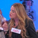 "Uomini e Donne oggi, Roberta Di Padua choc: ""Armando, ti distruggo!"""