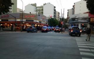 La Policía detuvo a 4 delincuentes y otros 2 están prófugos.