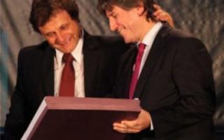 Pulti hizo entrega de la distinción al vicepresidente Amado Boudou.