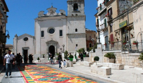 Candela-parrocchia