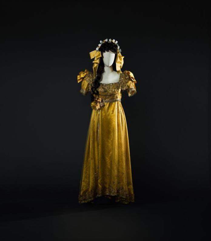 3-Il turco in Italia di Rossini, 1955. Costume di Zeffirelli per Fiorilla (Callas). Foto Francesco M. Colombo