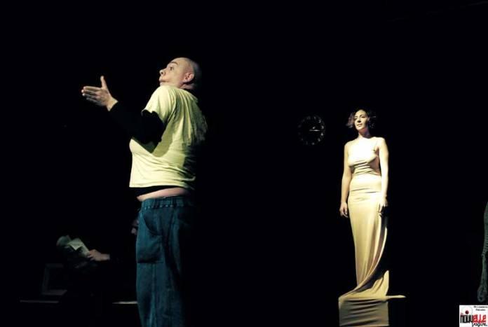 Un uomo in bilico @ Teatro Abarico, Roma
