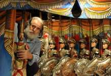 Le theatre des marionnettes siciliennes (' Il Teatro Dei Pupi ') de Mimmo Cuticchio.