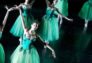 Diamonds - Coreografia George Balanchine © The Balanchine Trust - ph Brescia-Amisano Teatro alla Scala