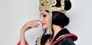 Lorella Cuccarini in La Regina di Ghiaccio