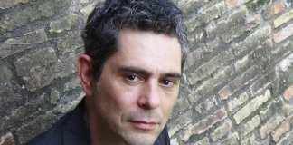 Intervista a Fabio Cicchiello in scena con Si fa cosi al Teatro Lo Spazio