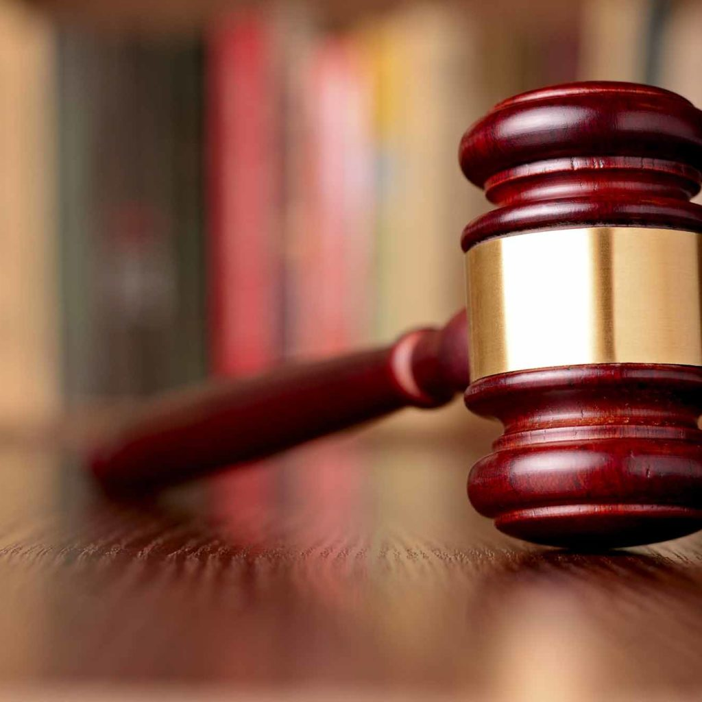 Do You Know How To Find And Hire A Good Lawyer Check Ou