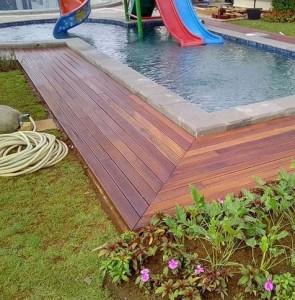 pemasangan decking kayu Ulin kalimantan 3