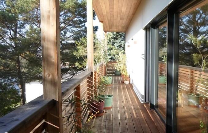 plafon kayu di atap