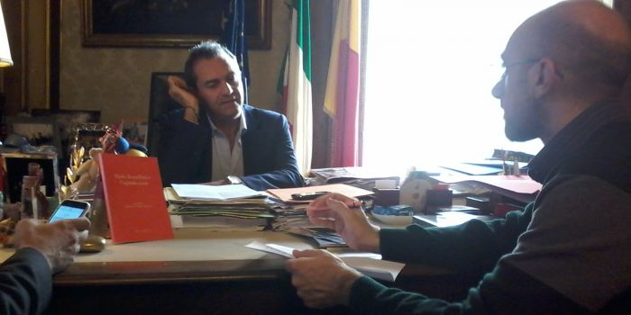 """Luigi de Magistris a l'AntiDiplomatico: """"Da Napoli il laboratorio di una nuova Europa possibile"""""""