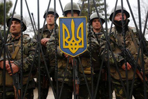 Capo-redattore giornale messo fuorilegge dal regime di Kiev: 'Gli Stati Uniti non lasceranno tanto presto l'Ucraina'