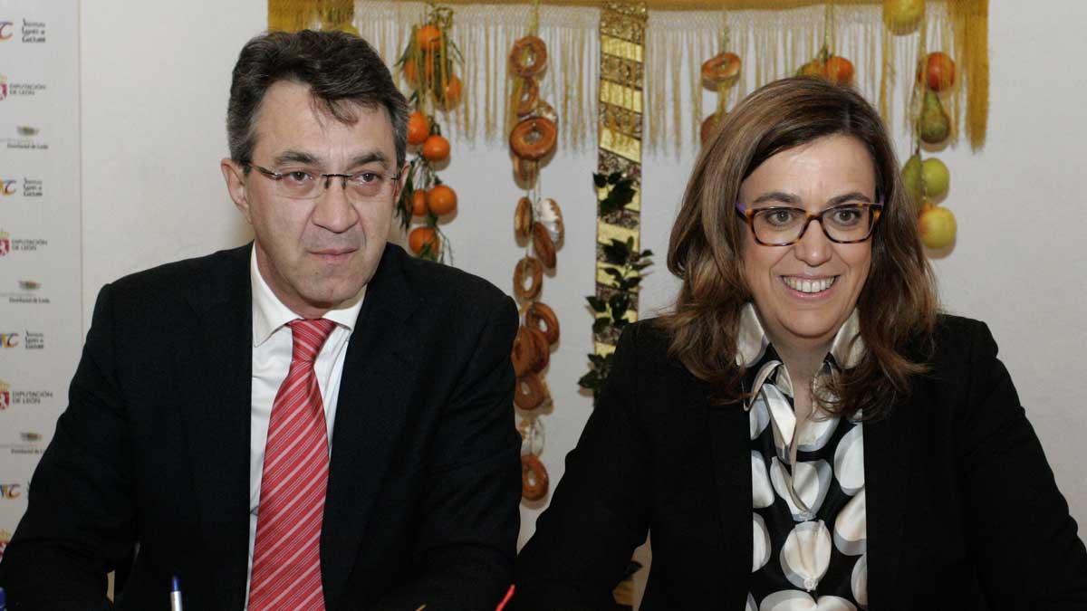 Los presidentes de las diputaciones de León y Palencia firman un acuerdo de colaboración.   ICAL