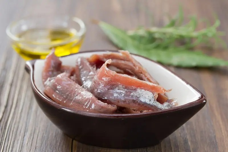 Unsalted anchovies