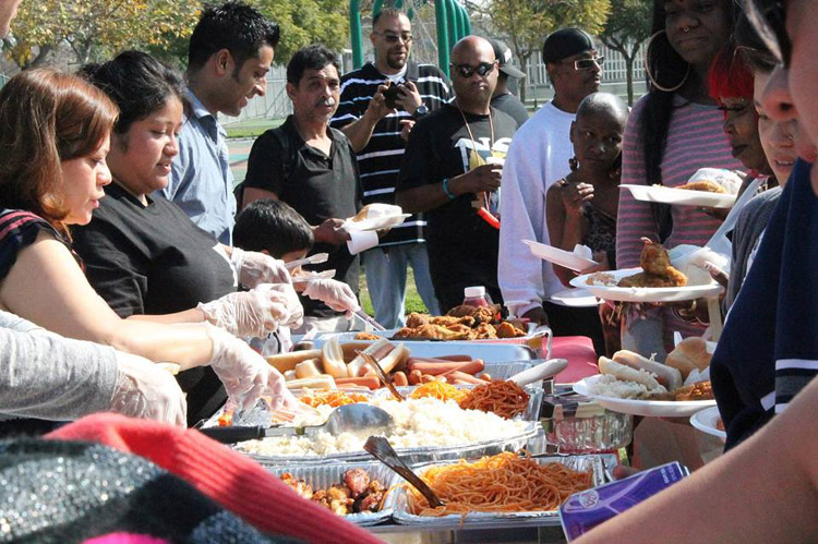 LAC9 Feed The Homeless & the Less Fortunate