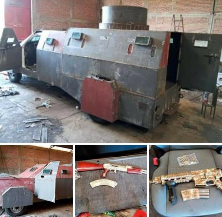 SEDENA asegura vehículos blindados y armas con baño de oro en Jalisco.