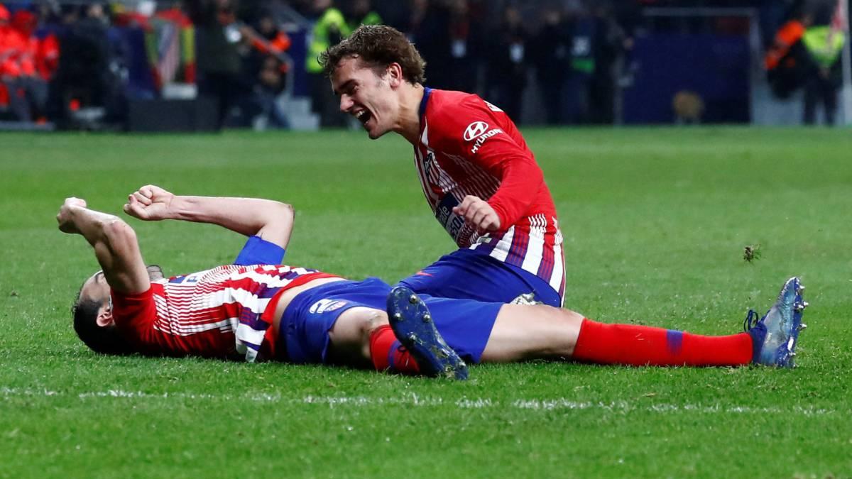 067efe5fb6b96 El Atlético derrota al Athletic con un gol de Godín en el último minuto