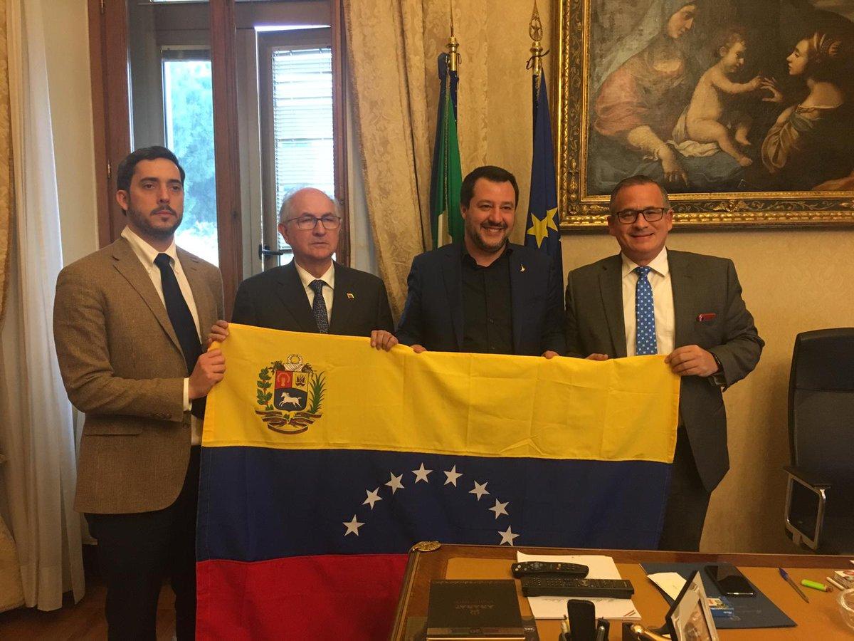 El Vaticano recibe delegación venezolana enviada por Juan Guaidó