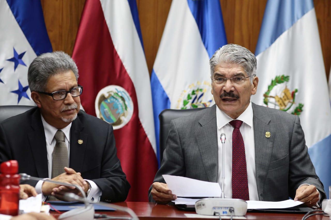 Destraban organización de investidura presidencial en El Salvador