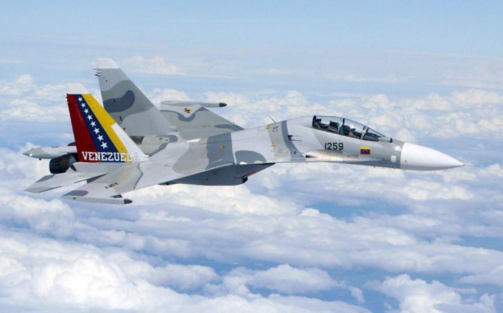 """Resultado de imagem para El Comando Sur de EEUU denunció que un caza Sukhoi venezolano interceptó """"agresivamente"""" a un avión de la Fuerza Aérea sobre el Caribe"""