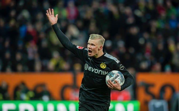 Haaland debuta con triplete en remontada del Dortmund ante el Augsburgo