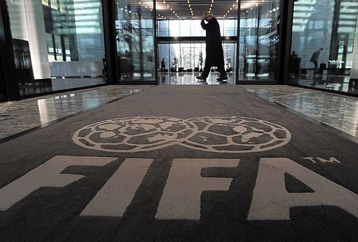 La FIFA limita el número de préstamos de jugadores — Ya es oficial