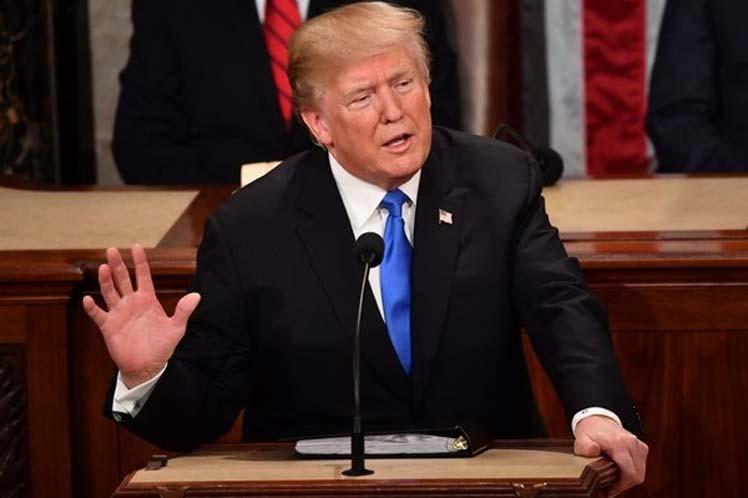 Trump llega al Congreso para hablar de los logros de su presidencia