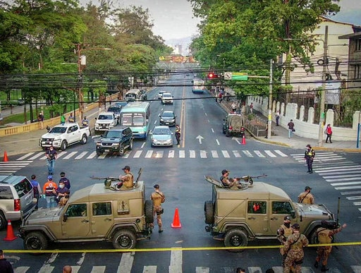 Sala Constitucional ordena a Ernesto Mutyshondt levantar cerco sanitario en San Salvador