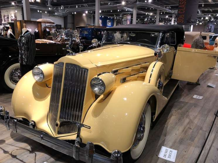Fountainhead Antique Auto Museum. A round up of the best free and fun things to do in Fairbanks, Alaska on a budget that many people often overlook.
