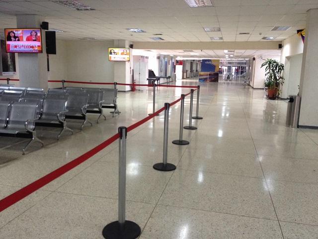 Vista general del terminal de pasajeros del Puerto La Guaira el 5 de enero de 2016 / lapatilla / Mario Martínez