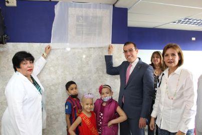 Juan Carlos Escotet Rodríguez: Unveiling the plaque