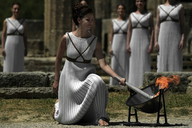 GREECE-OLY2016-FLAME