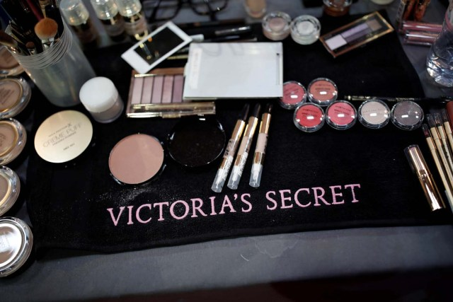 Makeup displayed on a table backstage before the Victoria's Secret Fashion Show at the Grand Palais in Paris, France, November 30, 2016. REUTERS/Benoit TessierFOR EDITORIAL USE ONLY. NOT FOR SALE FOR MARKETING OR ADVERTISING CAMPAIGNS