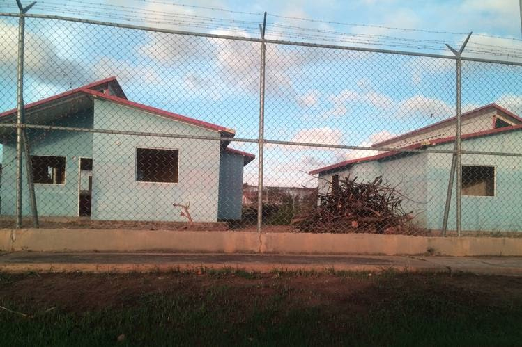 Casas abandonadas en la comuna agroindustrial El Diluvio . Foto: SHEYLA URDANETA/THE WALL STREET JOURNAL