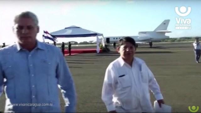 """Los gobiernos de Chávez y Maduo han hecho de las """"colitas"""" en aviones venezolanos una manera ilegal de favorecer a sus """"amistades"""""""