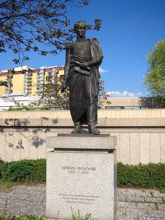 Estatua de Simón Bolívar en Berlín / Wikipedia foto Andreas Steinhoff