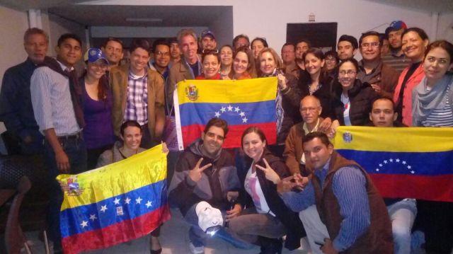 """Compatriotas en Bogotá presentaron sus """"Propuestas Venezuela Global"""""""