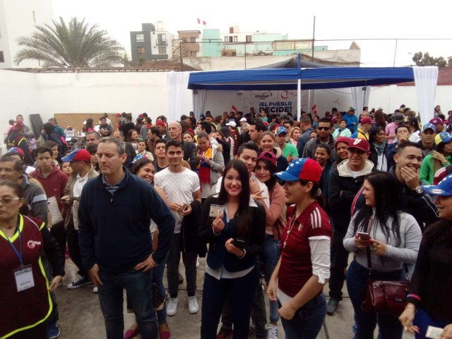 Venezolanos en peru 1