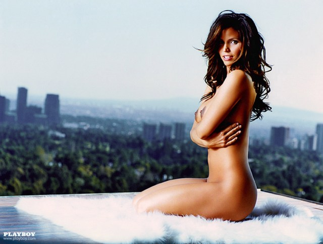 Charisma_Carpenter_Playboy-June-2004 (8)