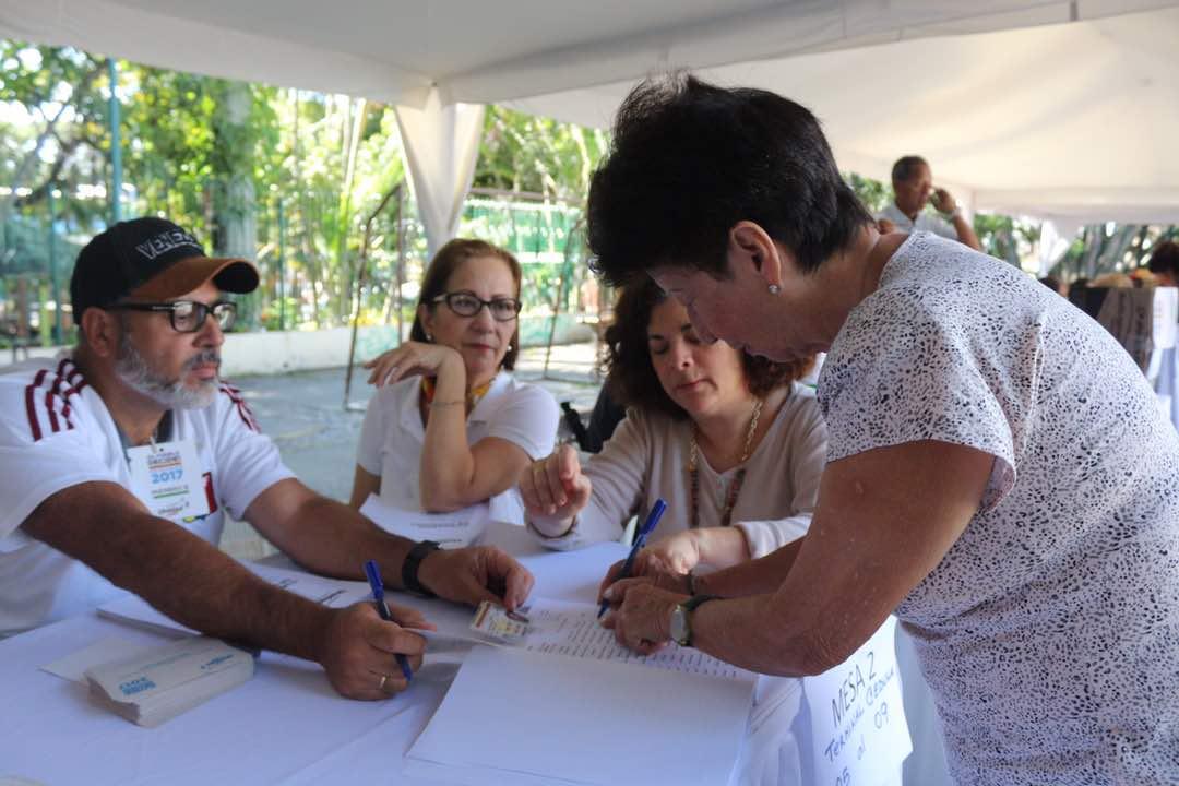 Cuaderno electoral para elecciones primarias de la MUD // FOTO Will Jiménez -La Patilla