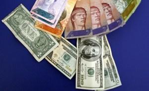 Hasta 15 bolívares por dólar en primera subasta del Sicad