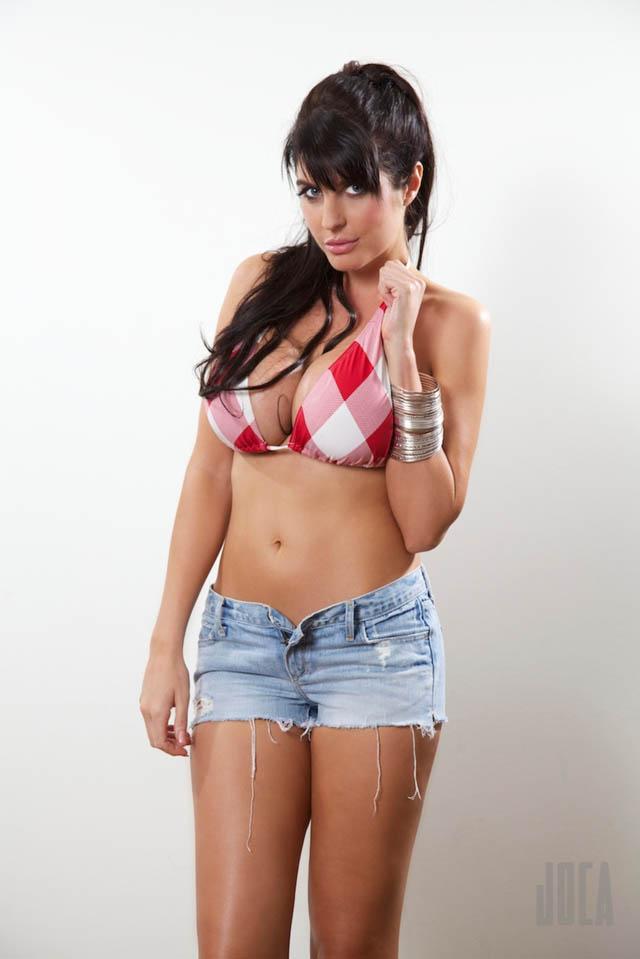 Lana Dealessi (1)