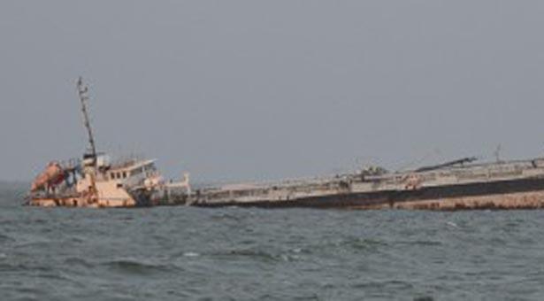 barco-lago-maracaibo (1)
