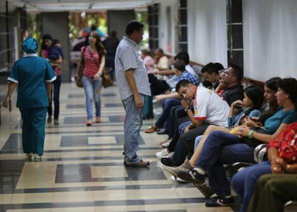 La sala de emergencia del Centro Médico de Caracas / Ariana Cubillos (AP)