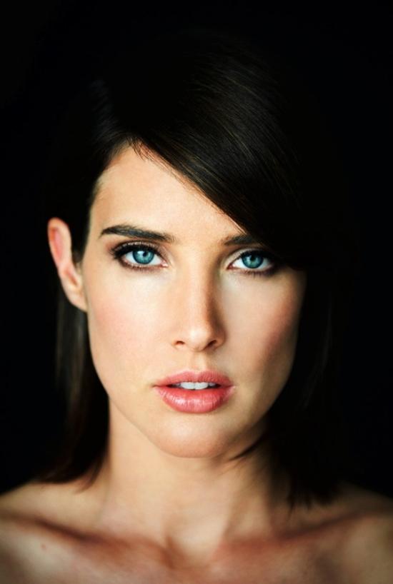 dark-hair-light-eyes-241
