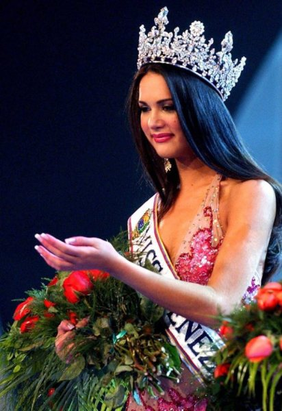 Mónica Spear – Miss Venezuela 2006