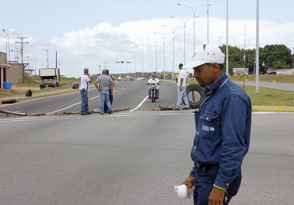 trabajadores_hidrobolivar