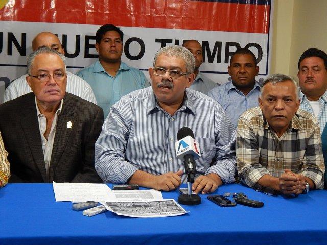 Foto: El diputado a la Asamblea Nacional  y presidente del partido Un Nuevo Tiempo Zulia  Elías Matta