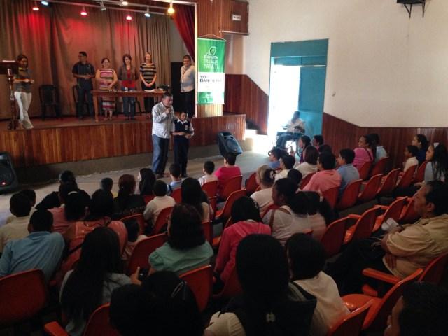 Foto: Gerardo Blyde, alcalde de Baruta, beneficia a más de 130 estudiantes con becas escolares